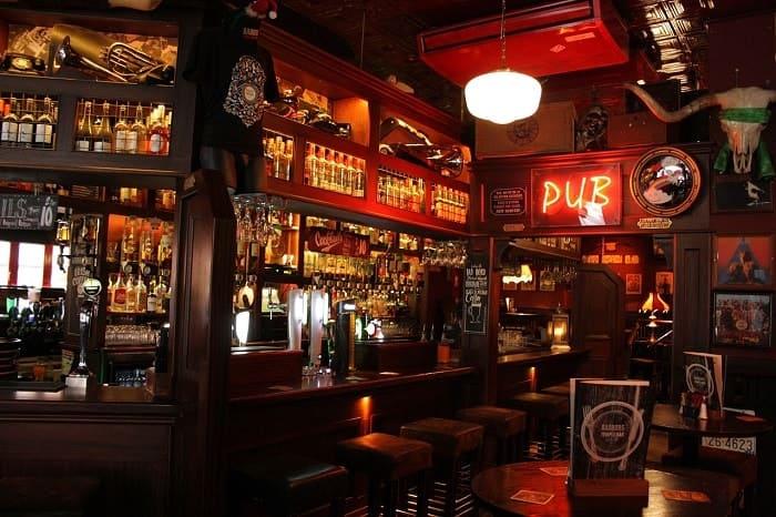 8 Razones por las que debes visitar Irlanda - Temple Bar