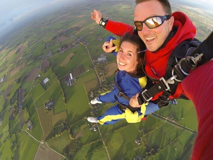 Las 30 cosas que debes hacer antes de cumplir 30 - Paracaidas