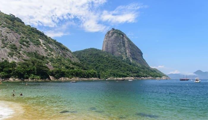 playas escondidas en río de janeiro
